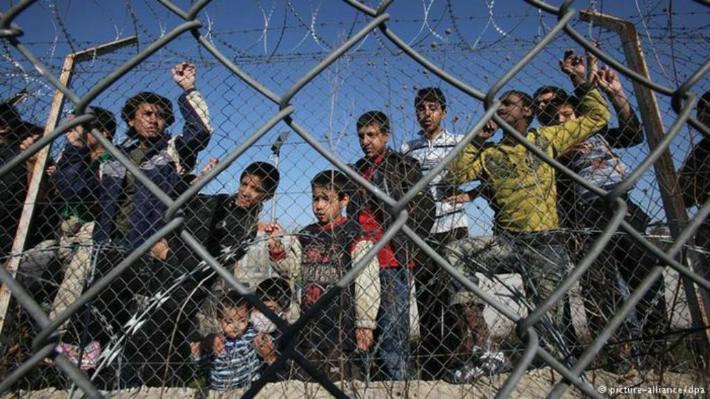 ερώτηση_Βόζεμπεργκ_αθρόες_μεταναστευτικές_ροές_Έβρος_καθημερινό_φαινόμενο_ερώτηση_επιτροπή_άρθρο_πρόγραμμα_μετεγκατάστασης_άμεση_αποσυμφόρηση_πρόσφυγες_υπερπληθυσμός_Βόζεμπεργκ_ευρωβουλευτής_ΝΔ_μέτρα_αποσυμφόρησης_πρόσφυγες_αύξηση_ροών_Σάμος_μετανάστες_ερώτηση_κάτοικοι_
